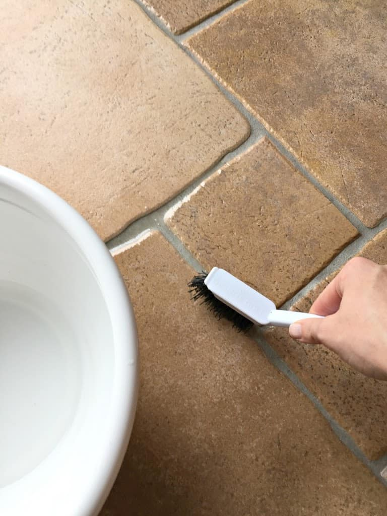 5 Cleaning Hacks floor cleaningmoreLife a Little Brighter