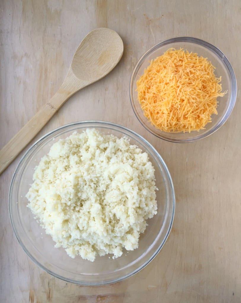cauliflower-cheddar-soup-1