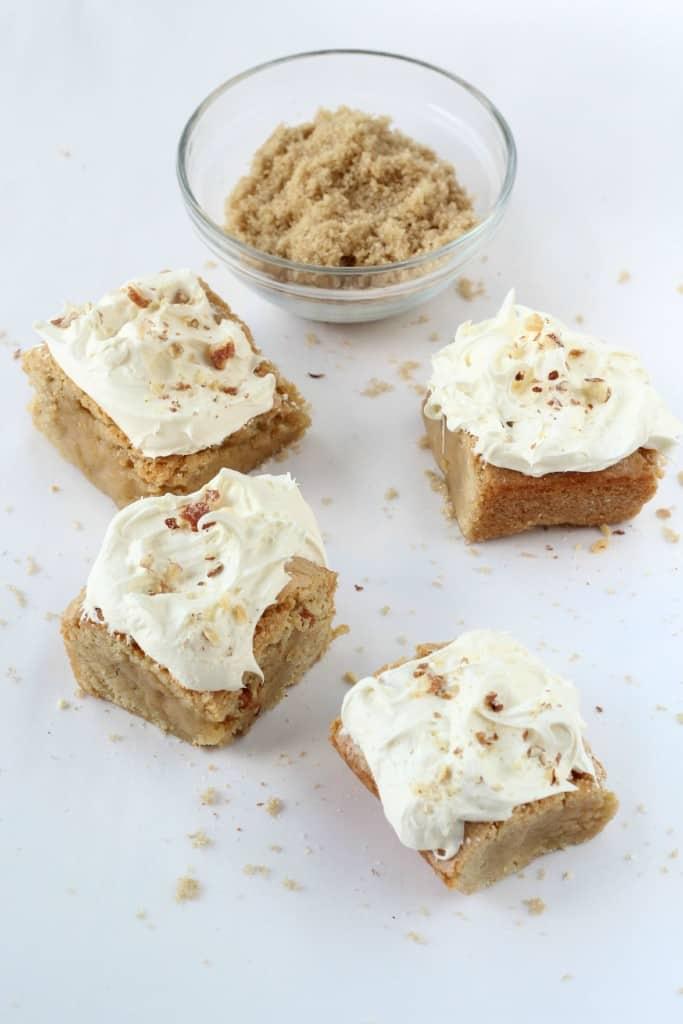 Salted-Caramel-Almond-Blondies-2