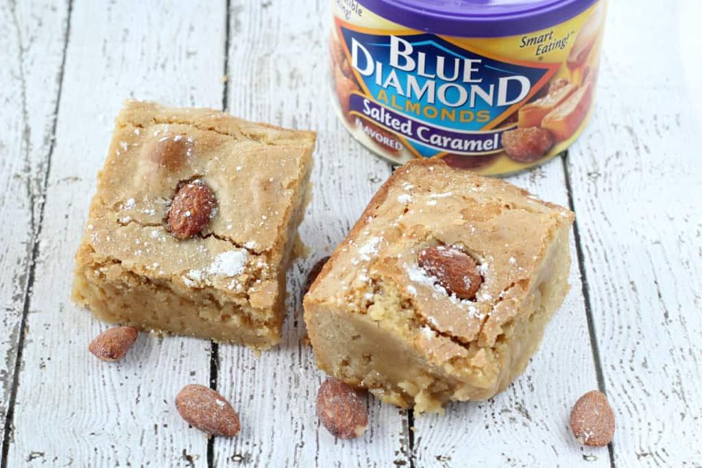 Salted-Caramel-Almond-Blondies-4