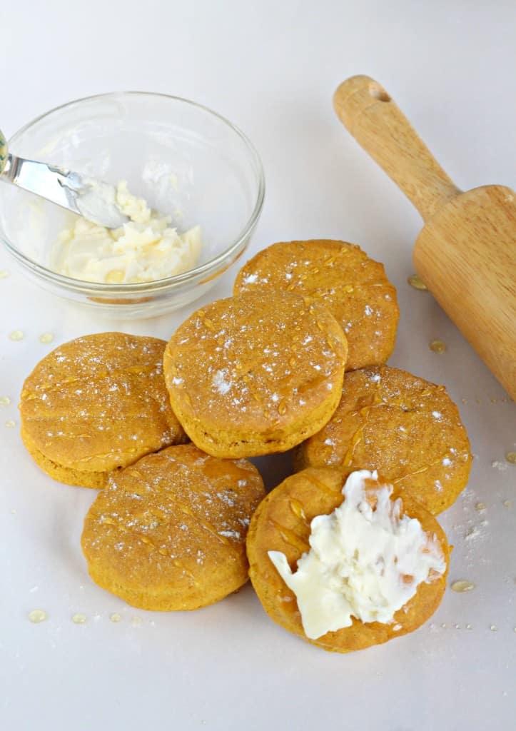 Honey-Butter-Pumpkin-Biscuits-3