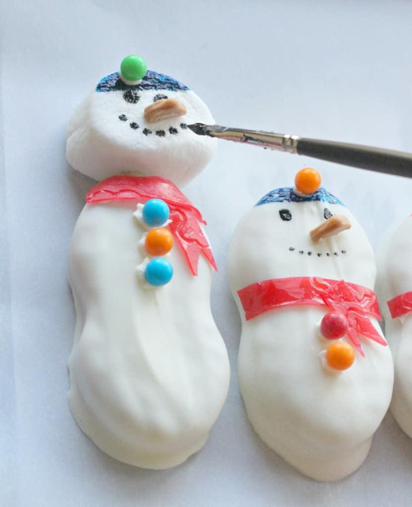 Nutter-Butter-Snowman-Cookies-4