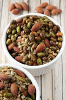 Bold Almond & Roasted Edamame Snack Mix