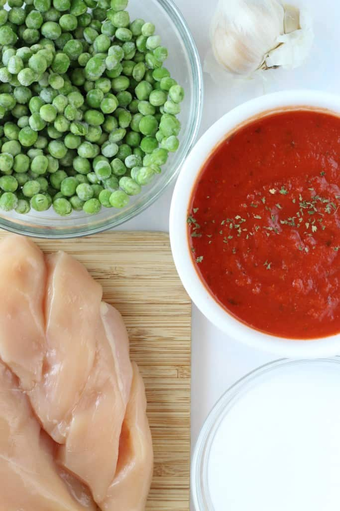 Slow-Cooker-Chicken-Curry chicken peas and tomatoes