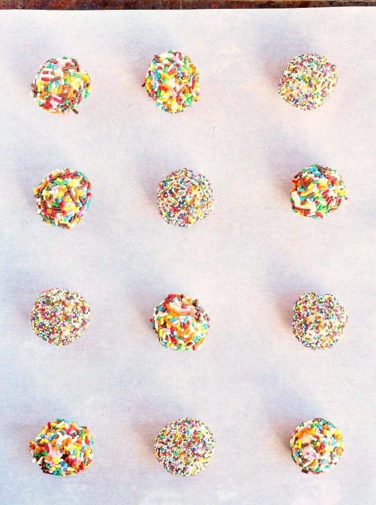 Nutella-Stuffed-Funfetti-Cake-Mix-Cookies-3-764x1024