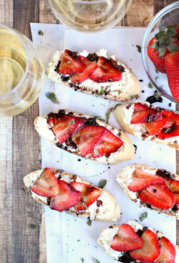 Balsamic-Strawberry-Crostini-4