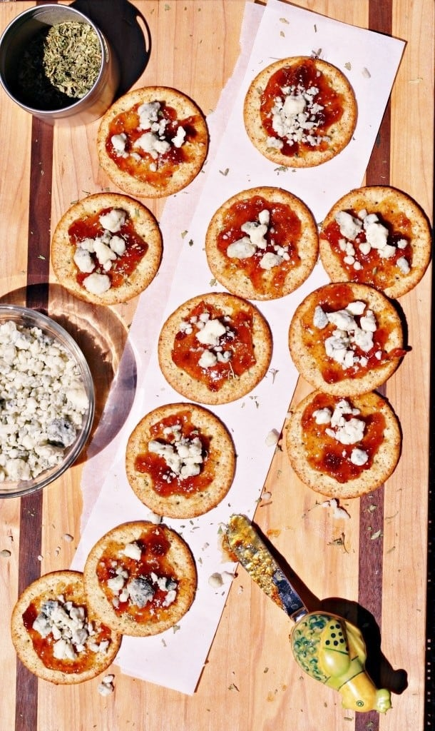 Bleu-Cheese-Fig-Jam-Appetizer-4-610x1024