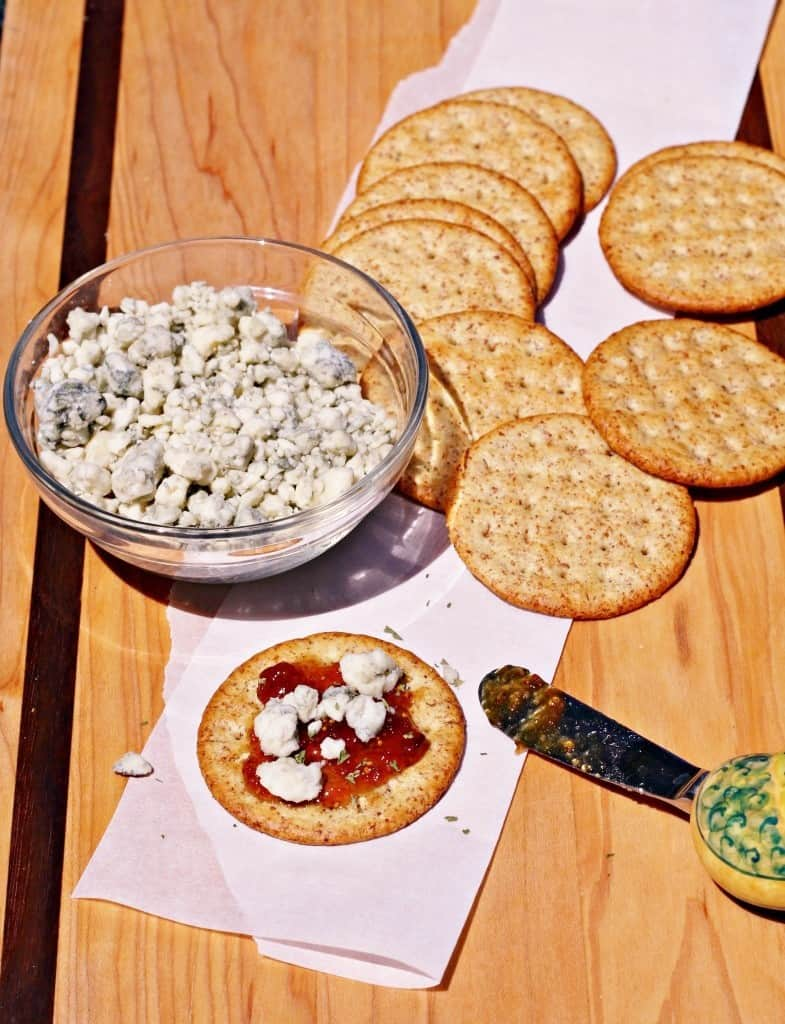 bleu-cheese-fig-jam-appetizer-9-785x1024