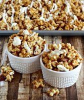 Cinnamon Bun Popcorn {Movie Night Snacks}