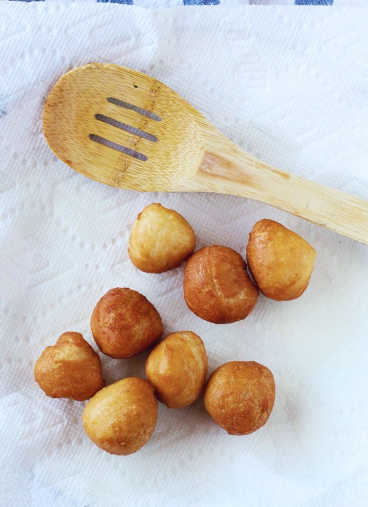 biscuit donut holes
