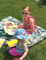 Outdoor Story Time Activity | Scholastic Free Book Offer