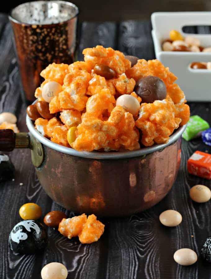 halloween-popcorn-mix-2