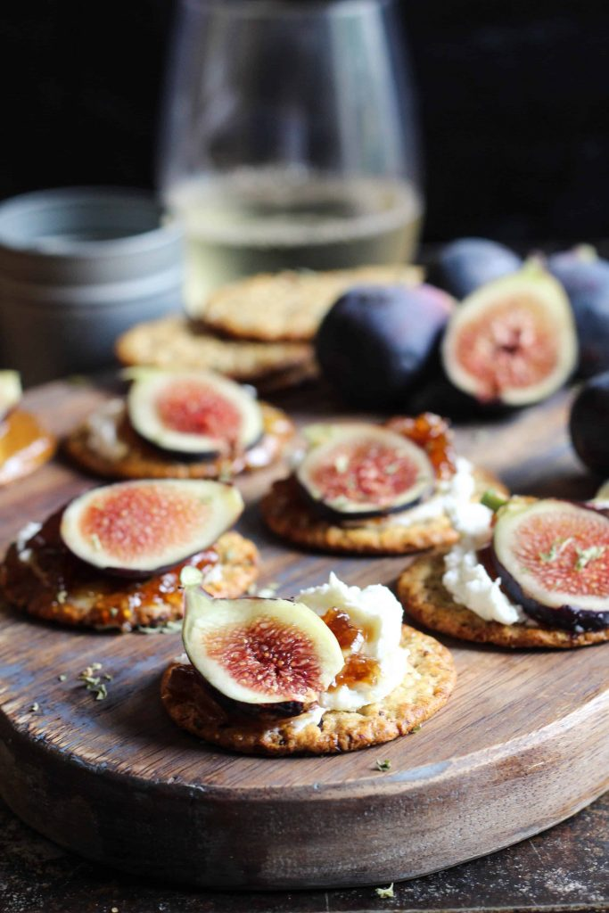 fig and goat cheese topped crackers