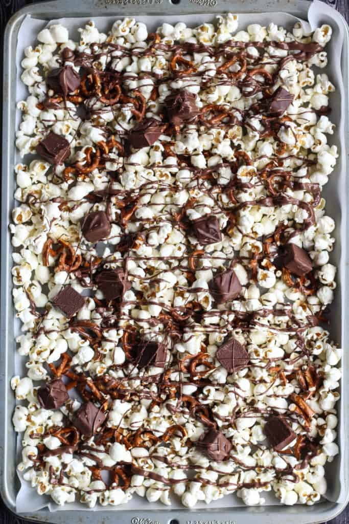 sweet + salty popcorn mix