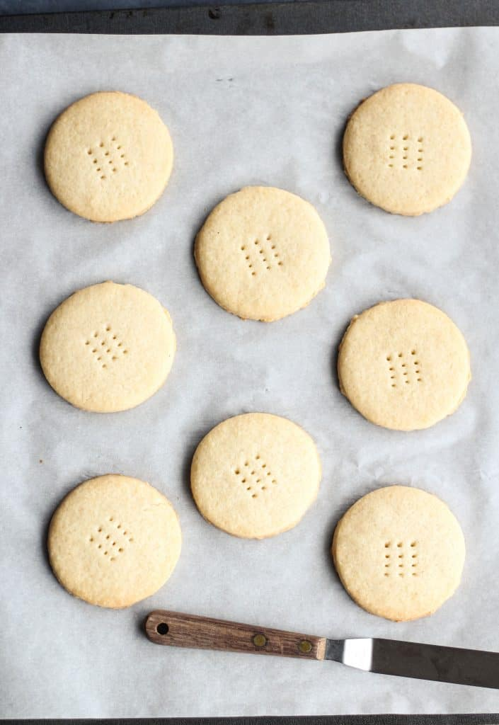 shortbread cookies for ice cream sandwiches