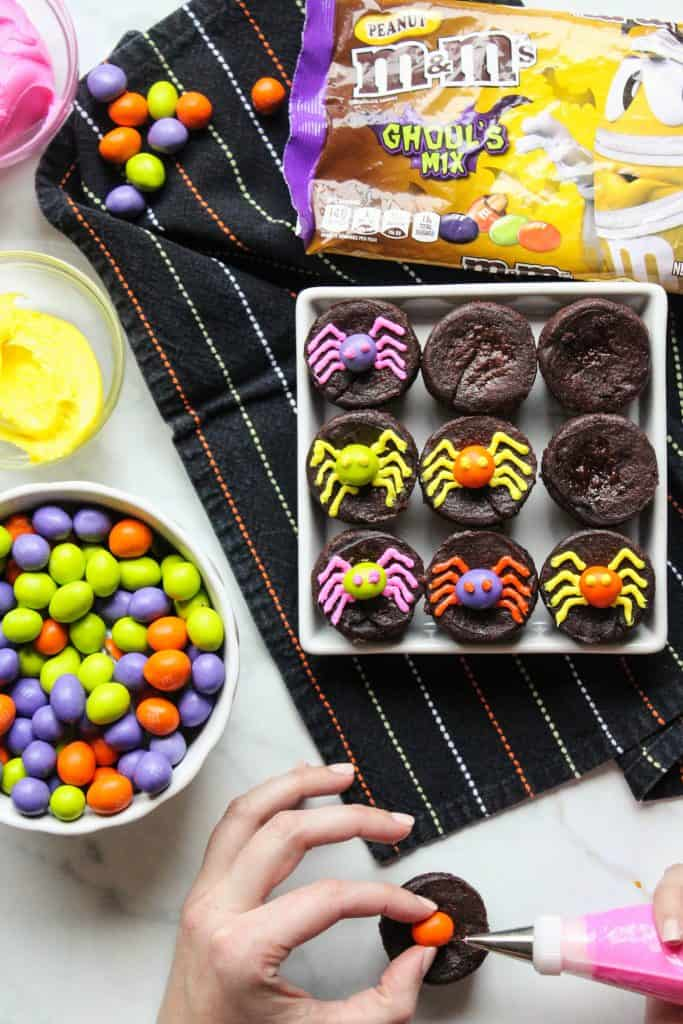 mini brownies with M&M's
