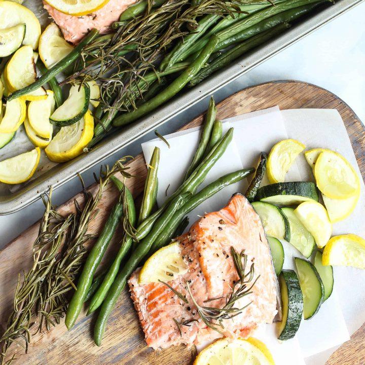 Baked Salmon and Zucchini recipe