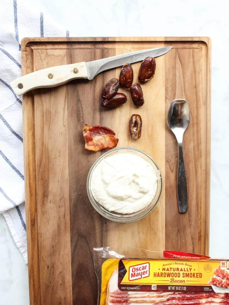 cream cheese-stuffed dates