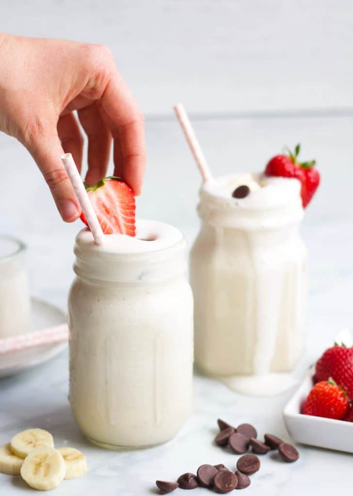 Banana Greek Yogurt Smoothies with straws