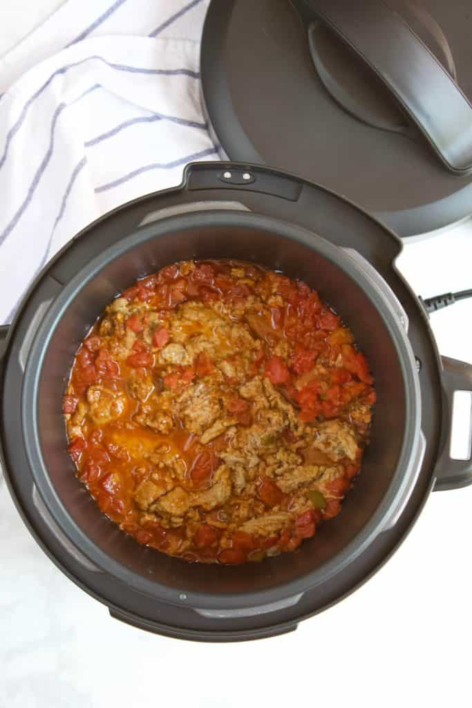 ground turkey and diced tomatoes cooked in an instant pot