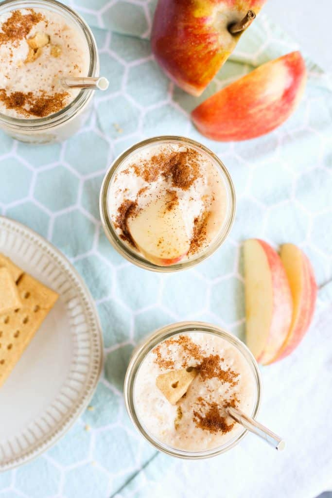 Apple Pie Smoothies with cookie crumble