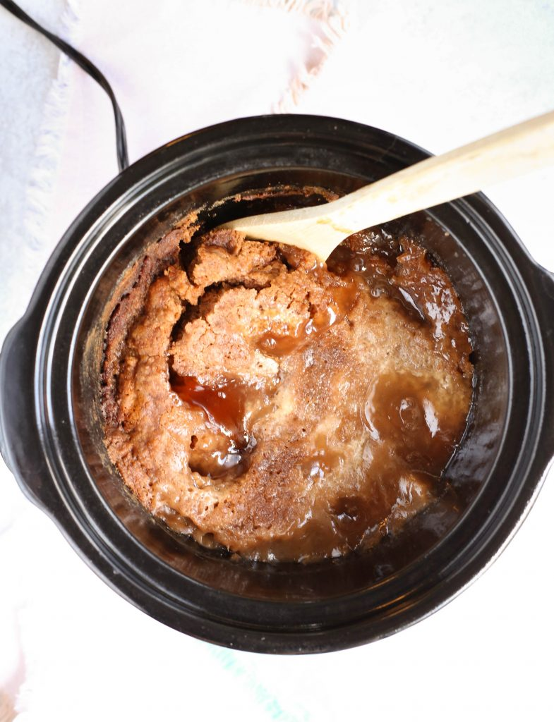 Crockpot Apple Cake