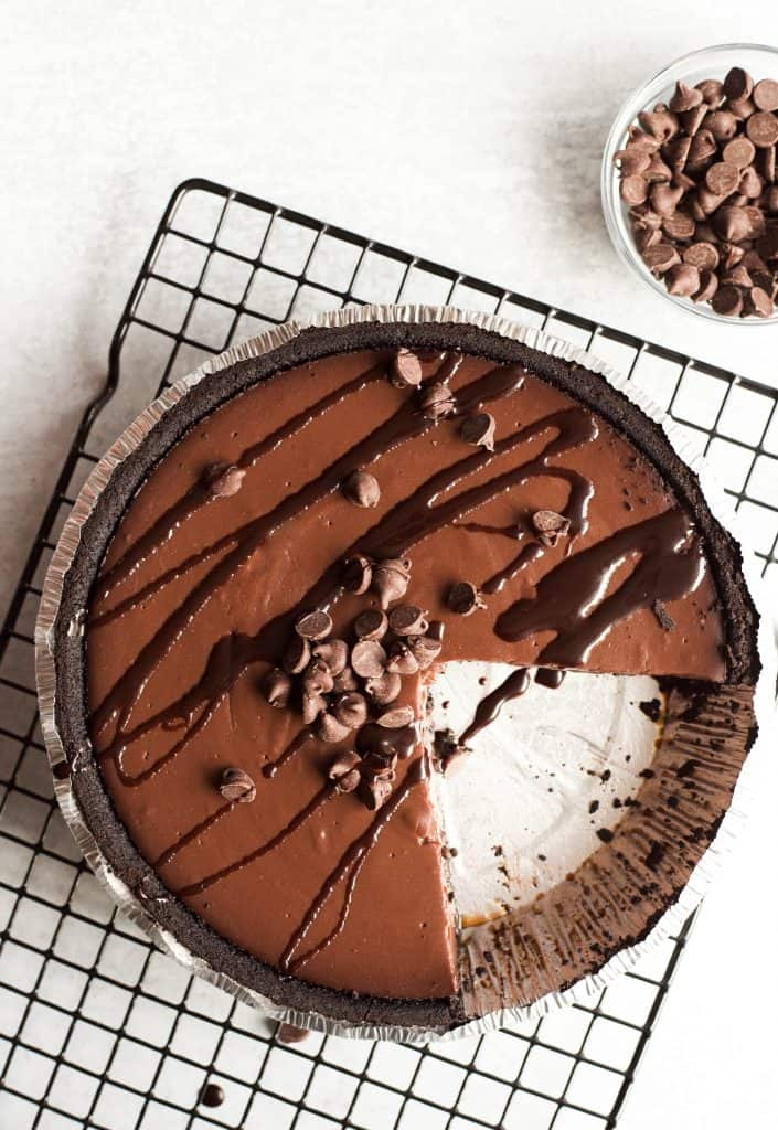 jell-o chocolate pie with topping