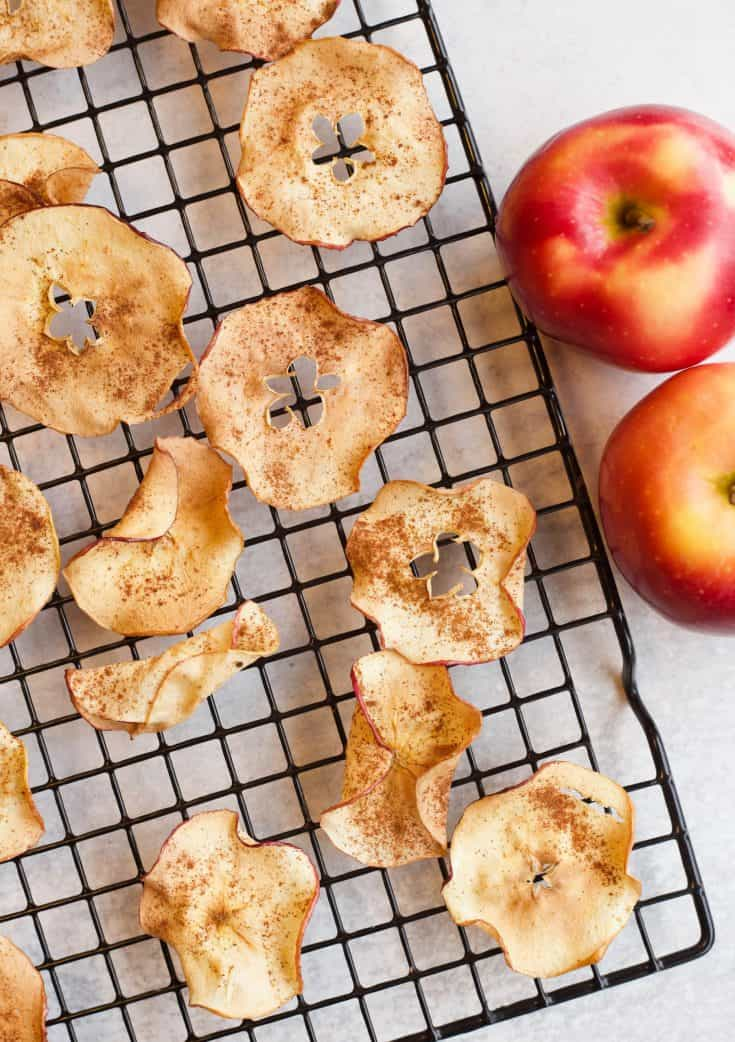 Air Fried Apple Slices Snack Mix