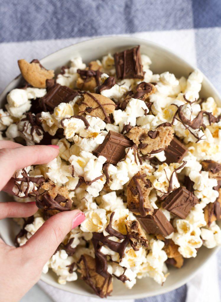 Chocolate Drizzled Popcorn